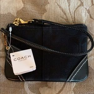 NWT Coach Signature Black Wristlet